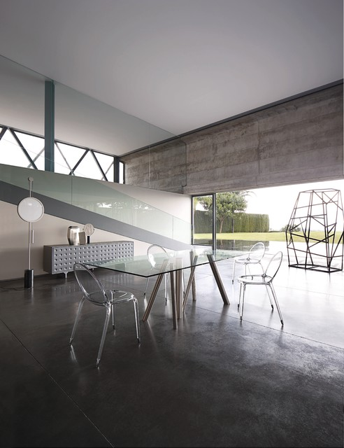 Forest tables contemporary dining room dublin by for Salle a manger roche bobois