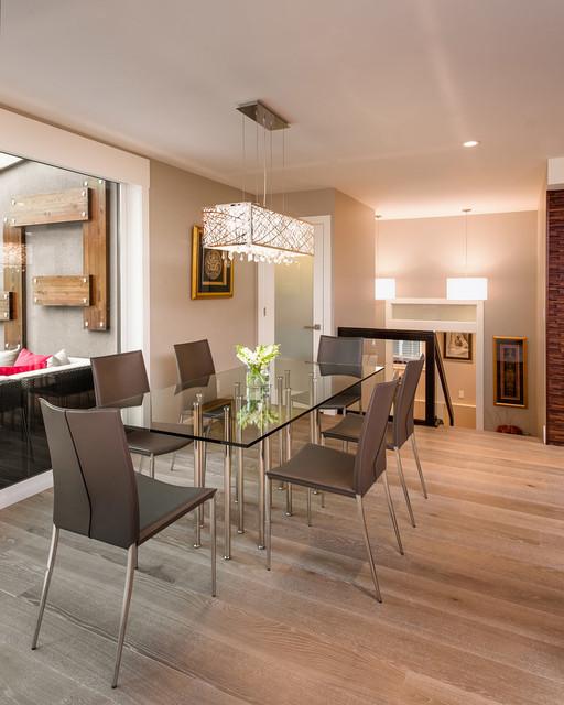 Alle Grey Modern Bedroom Set: Formal Dining Area