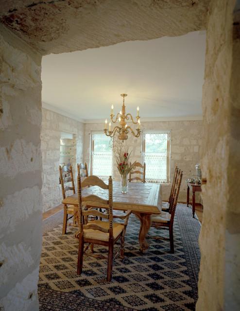 Fredericksburg Stone House traditional-dining-room
