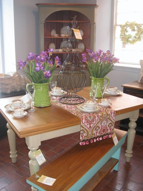French Country Butterfly Extension Table With Bench
