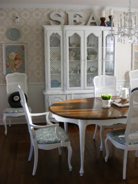 French country dining room by linda hilbrands traditional dining room other - Country dining room pictures ...