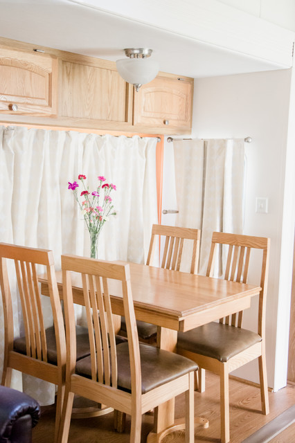 Funky fresh rv remodel eclectic dining room san for Funky dining room ideas