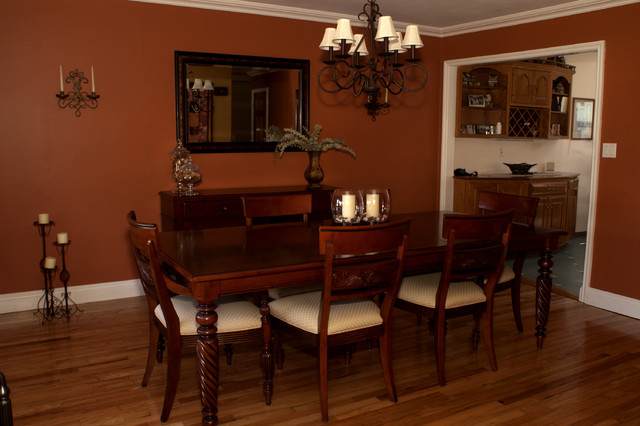 Heritage Dining Source Rich Room Colors