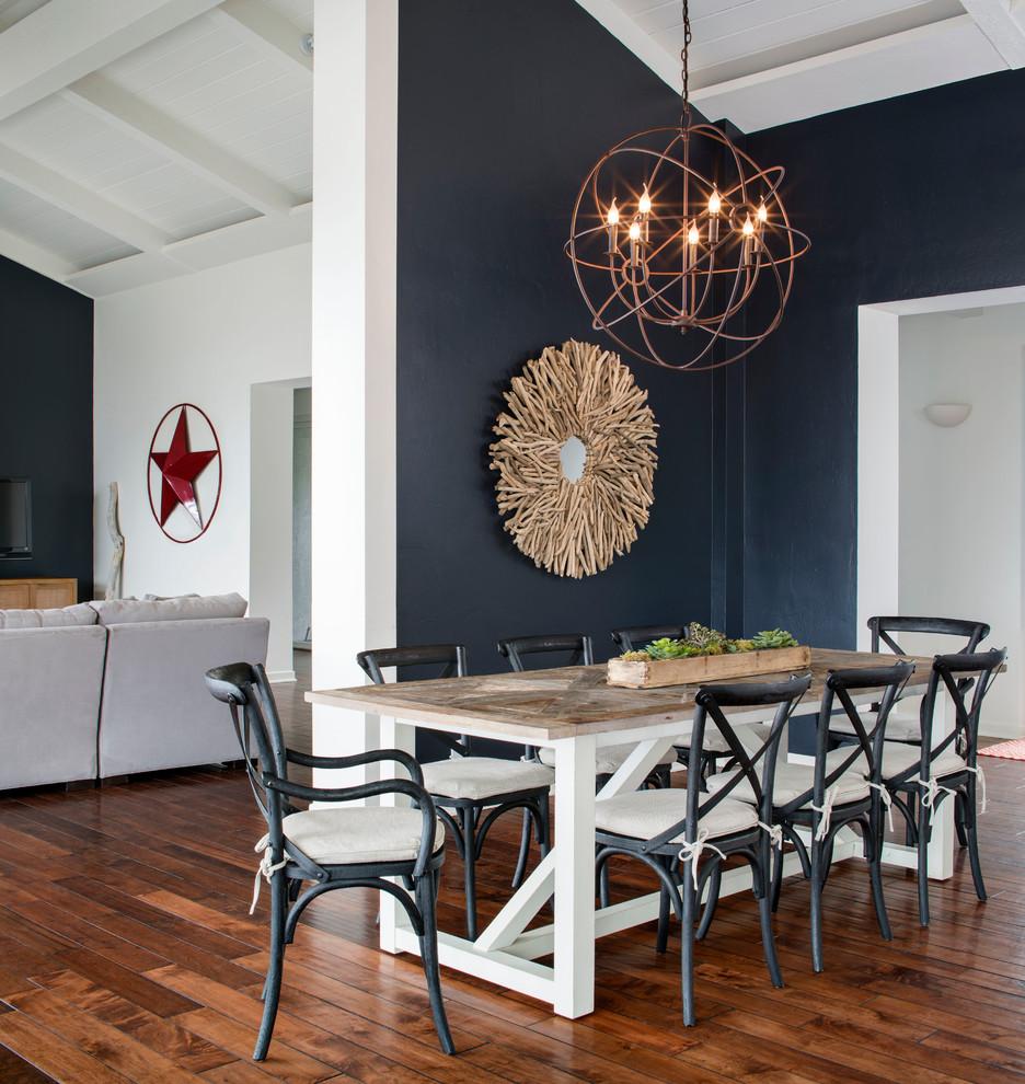 Large coastal medium tone wood floor great room photo in San Francisco with blue walls
