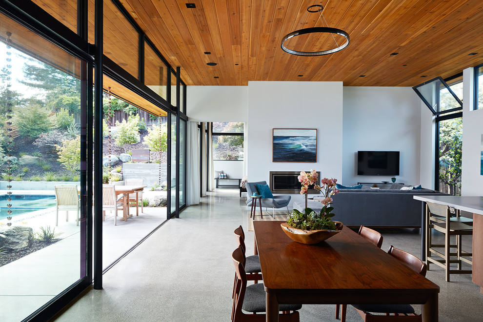 Example of a dining room design in San Francisco