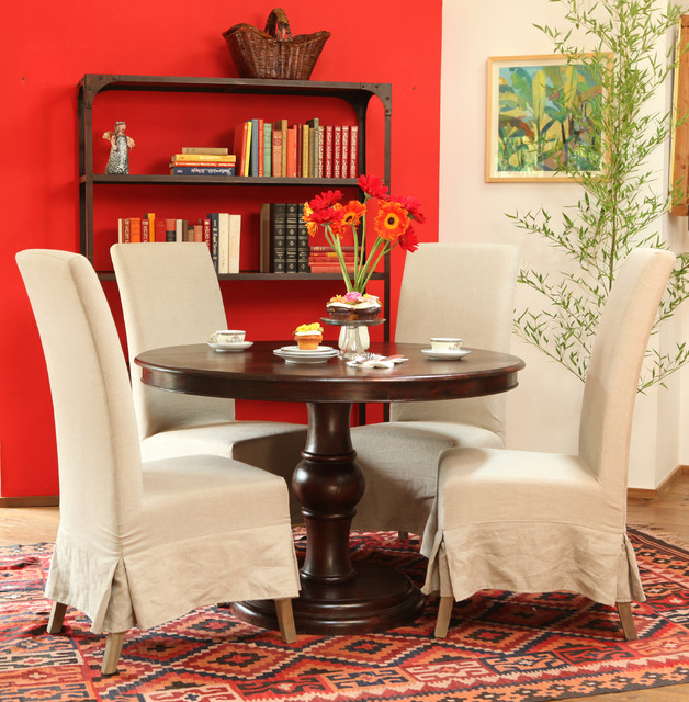 Global Style traditional-dining-room