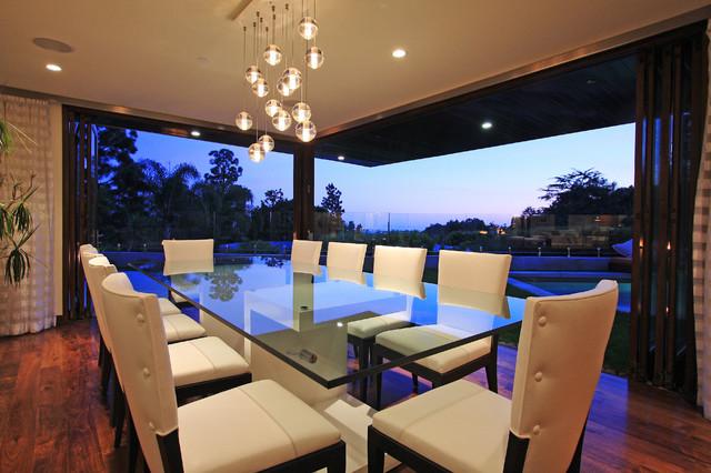 Globus Builder contemporary-dining-room