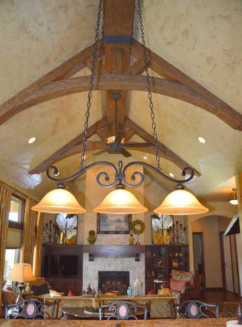 Great Room With Arched Truss Beams Traditional Dining