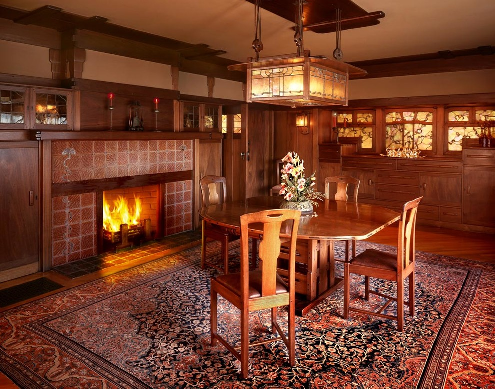 Example of an arts and crafts dining room design in Los Angeles