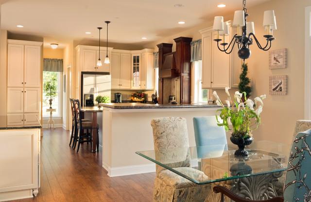 Greenwood craftsman model dining room kitchen beracah homes modular ho craftsman - Modular dining room ...