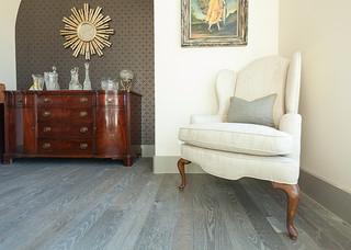Grey Floor White Oak