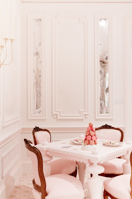 Guillaume Gentet, Holiday House Hamptons contemporary-dining-room