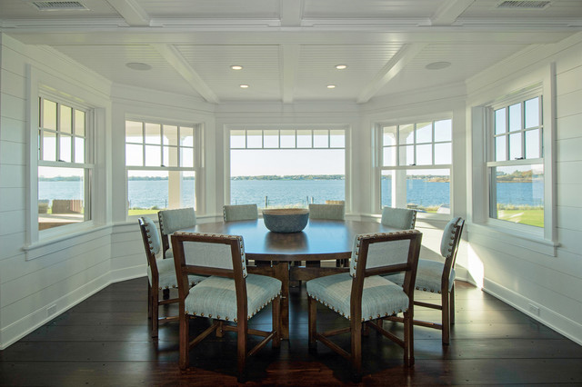 Hamptons breakfast nook beach style dining room new for Hamptons style window treatments