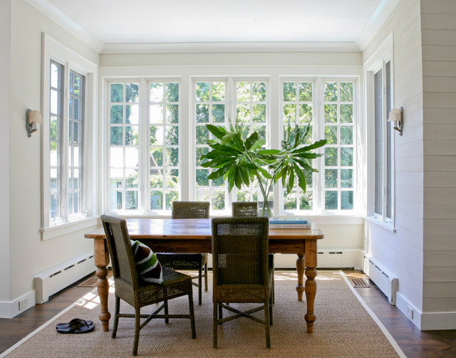 Hamptons cottage traditional dining room new york for Hamptons style window treatments