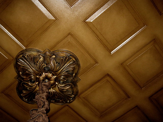 Handpainted ceiling and ceiling medallion traditional-dining-room