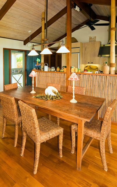 Hawaiian cottage style tropical dining room hawaii for Tropical dining room ideas