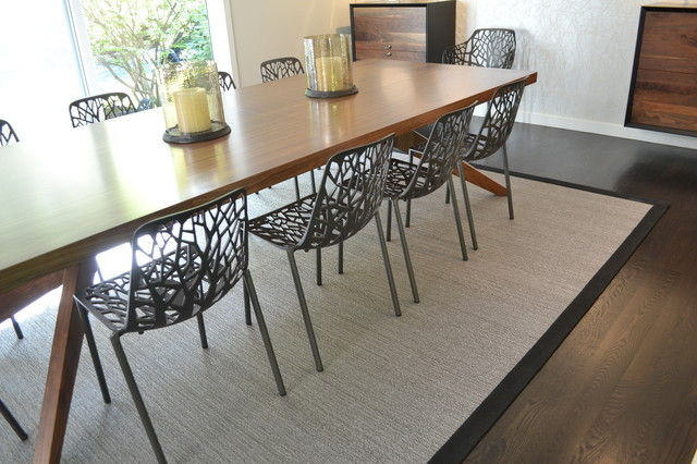 Example of a trendy dining room design in Chicago