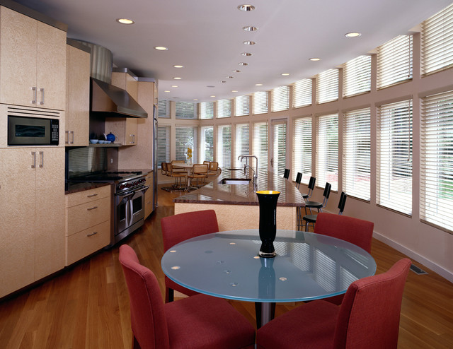 Highland Park, Illinois contemporary-dining-room