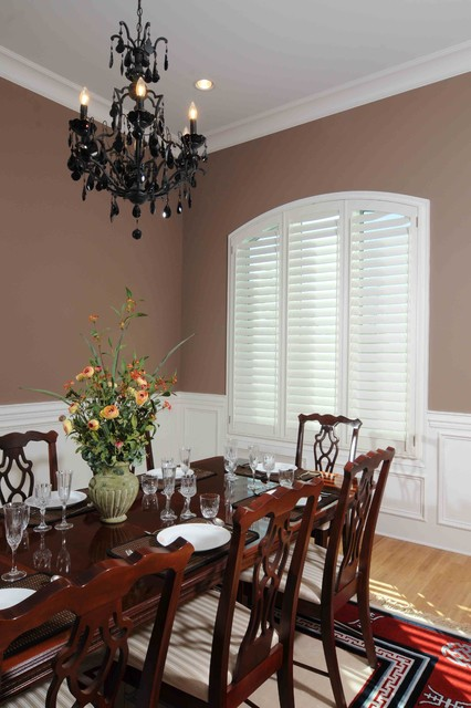 Highprofile Elite traditional-dining-room