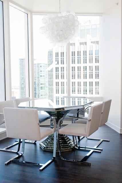 Highrise Luxury Condominium - San Francisco contemporary-dining-room