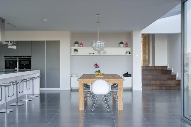 HL modern-dining-room