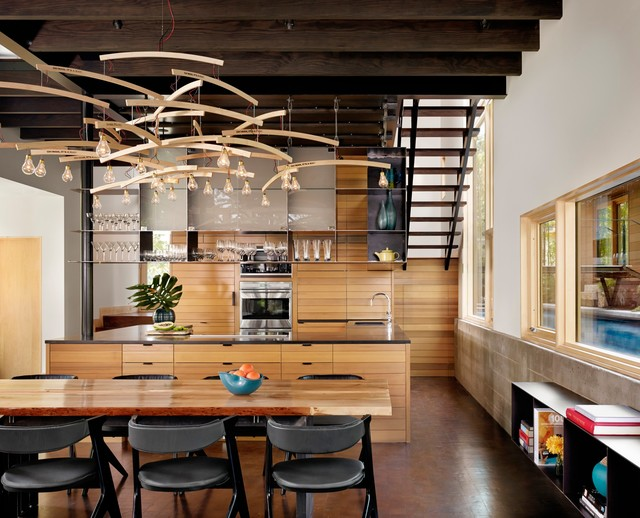 Inspiration For A Contemporary Kitchen/dining Room Combo Remodel In Austin