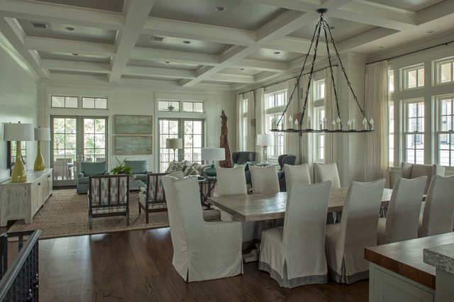 Holley Residence traditional-dining-room