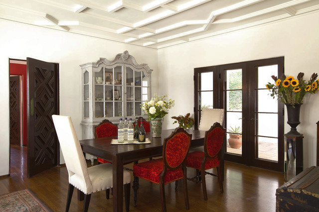 Traditional Dark Wood Floor Dining Room Idea In Los Angeles With White Walls