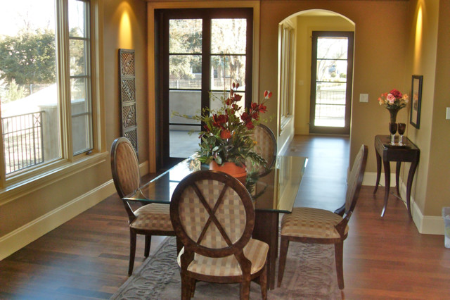 Traditional Home Dining Rooms : Home Staging - Traditional - Dining Room - denver - by Change of ...