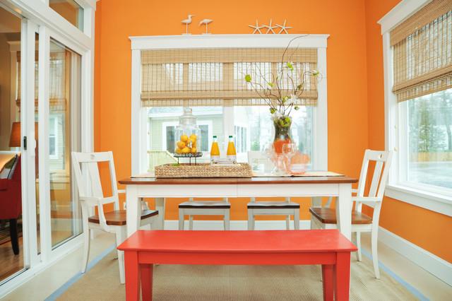 Homes Under 700 sq feet contemporary-dining-room