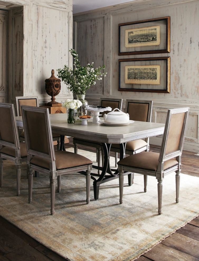 Example of a classic dining room design in Dallas