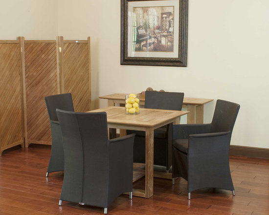Horizon Apollo 5 pc Set - The Horizon Square Table and the subtle seductive allure of the Apollo Chair with its refined, well-tailored appearance, the marriage of the Apollo Horizon is almost inevitable. While made to endure the robust and unforgiving changing climes of the outdoors, both chair and table have been designed to gracefully reside beautifully indoors as well.