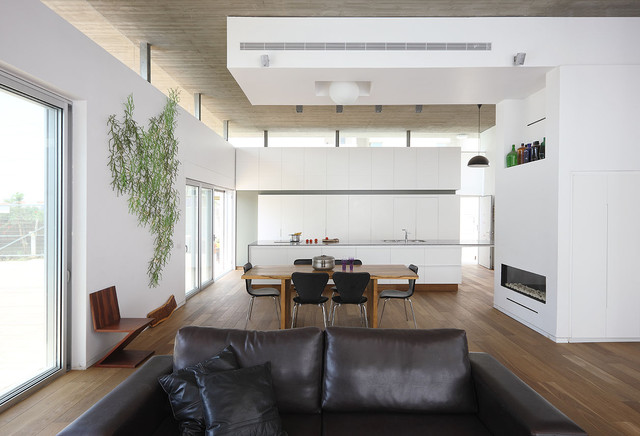 house A modern-dining-room