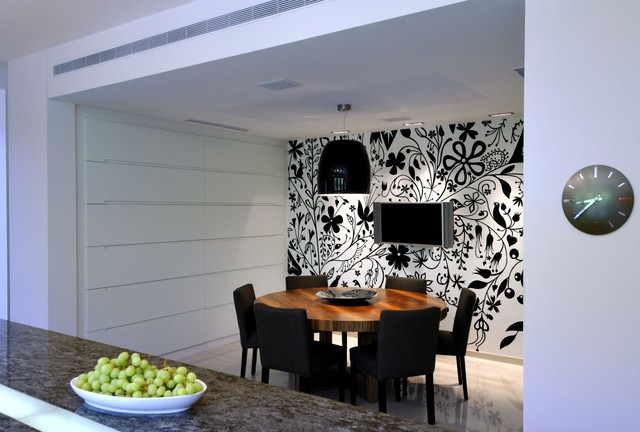house G contemporary-dining-room