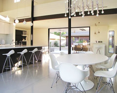 Houzz Tour: A Labor of Modern Love in Costa Mesa midcentury dining room