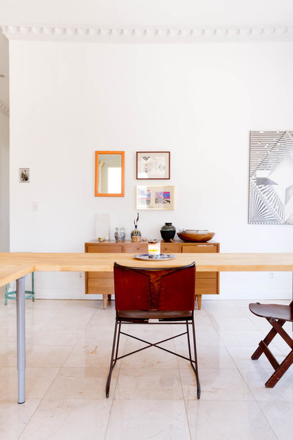 Houzz Tour: Eclectic, Minimalist Brooklyn Apartment eclectic-dining-room