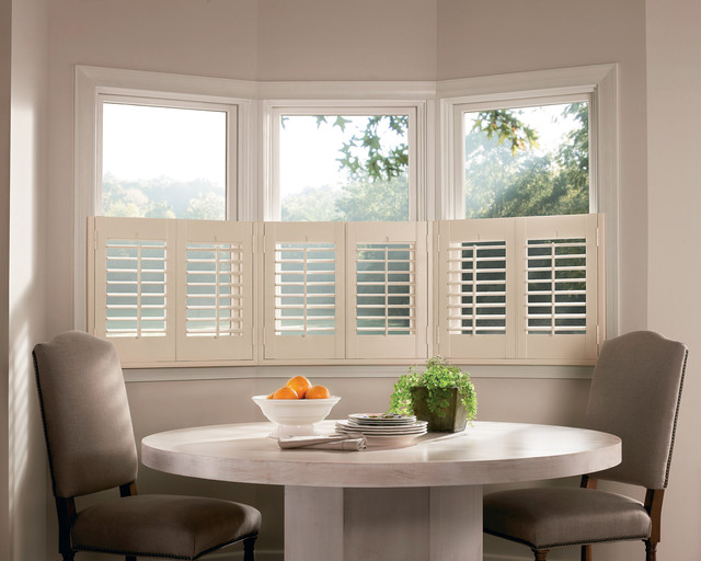 Hunter douglas casual living window treatments for Casual dining room curtain ideas