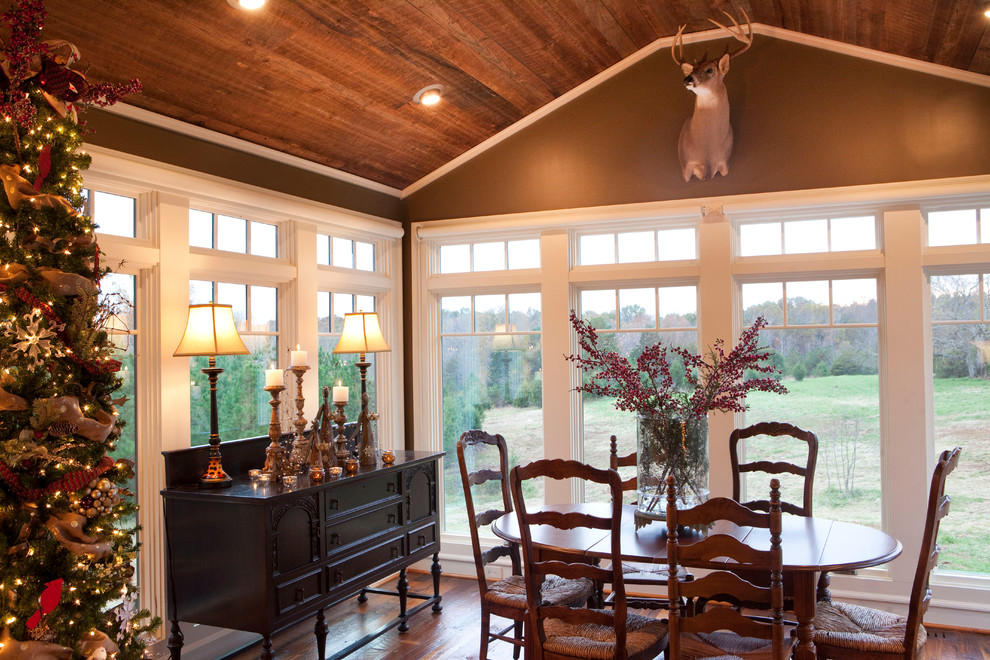Dining room - rustic dining room idea in Raleigh