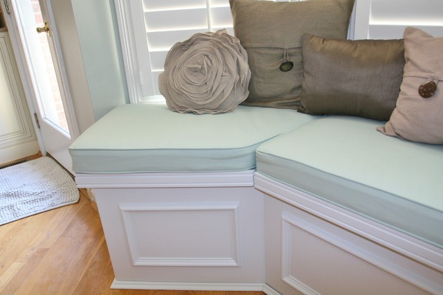 dining room bench seating with storage | Huntington Built-in bench seat with lids for storage ...