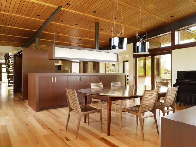 Indian Springs Ranch Residence modern-dining-room