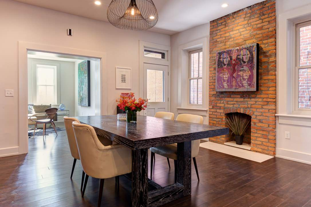 Italian Village Rowhouse (Home Staging)