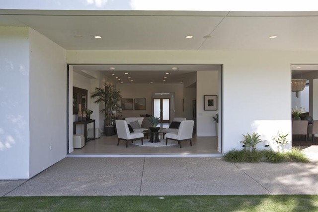 IWFH: Indian Wells Fairway Residence contemporary-dining-room