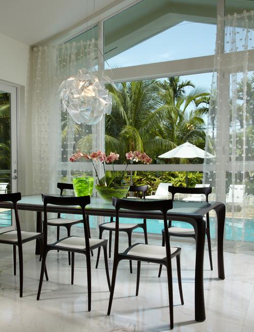 Contemporary Pool & Patio Design