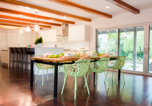 Contemporary Dining Room by Janet Paik