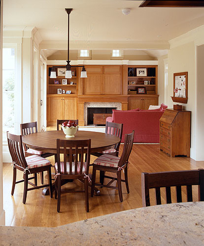 Keating traditional-dining-room