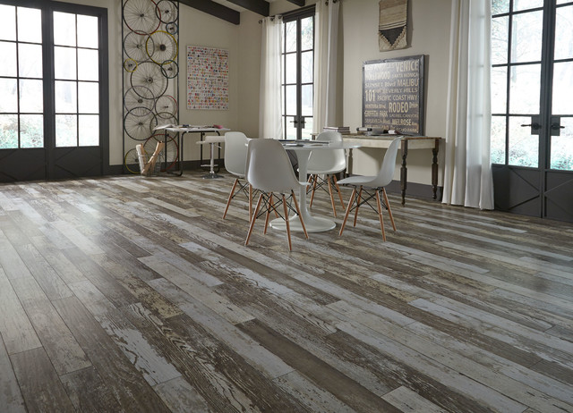Kensington Manor By Dream Home 12mm Bull Barn Oak Laminate Flooring Contemporary Dining