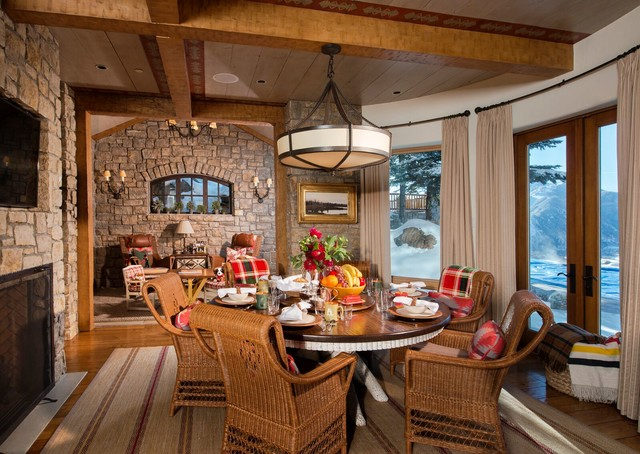 Kevin Corn Designs Featuring Paul Ferrante Lighting traditional-dining-room