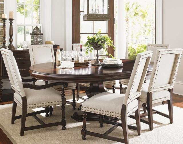 Kilimanjaro Seven Piece Maracaibo Dining Table And Cape