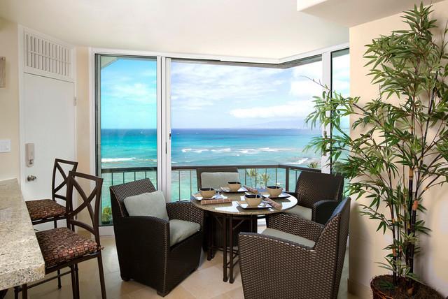 kireland dining tropical-dining-room