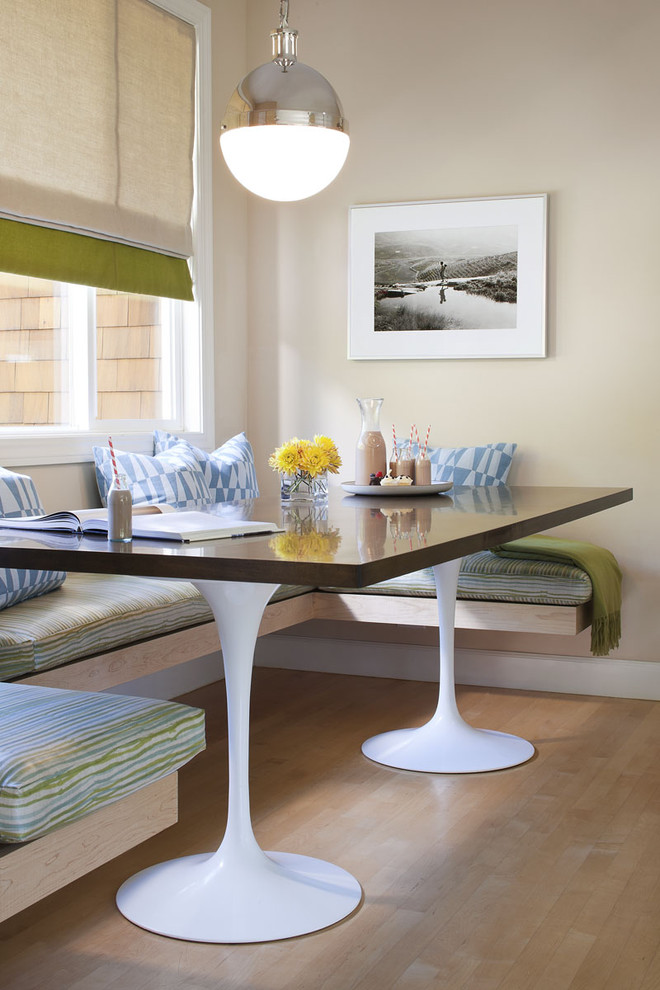 Trendy kitchen/dining room combo photo in San Francisco